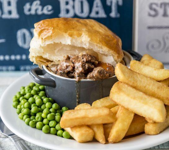 RMV Boathouse Food min