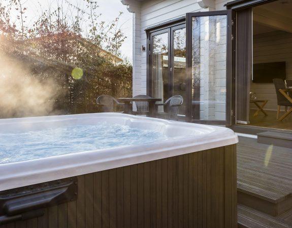 Hot Tub Lodge 17 min